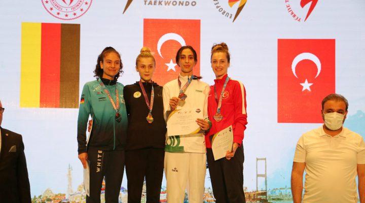 Dünya Şampiyonu Zeliha'dan Bronz Madalya