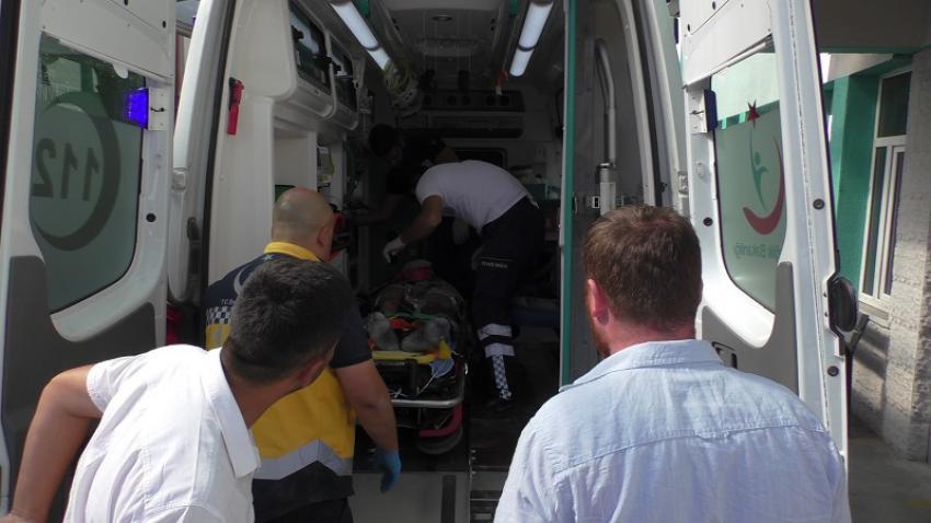Beyşehir'de Havalandırma Boşluğuna Düşen İşçi Yaralandı