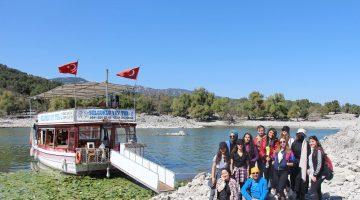 Beyşehirli doğa tutkunları Hacıakif Adası'nda buluştu