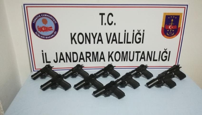 Beyşehir'de Kurusıkıdan Dönüştürülen 10 Tabanca Ele Geçirildi